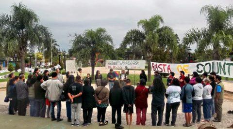Manifestación de repudio contra la avanzada inmobiliaria en la localidad Dique Luján