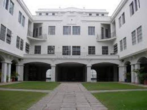 Recuperemos el Ex Colegio Sta Rosa como Escuela Pública
