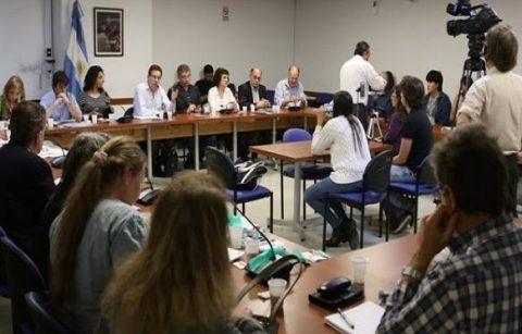 Presentación del proyecto de ley de disolución de la AABE – Coordinadora en defensa de las tierras y el patrimonio público