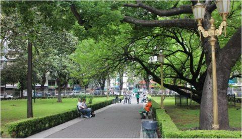 Piden informes por obras en la Plaza Pueyrredón del barrio de Flores